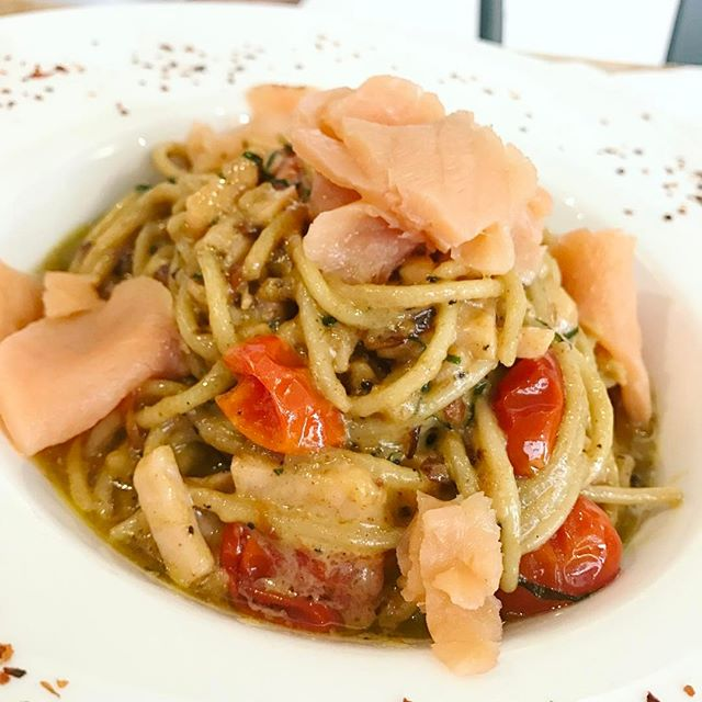 Salsalome Pasta | Sweet salty and creamy pasta wit smoked salmon, very appetising [RM25] *Meow recommended*