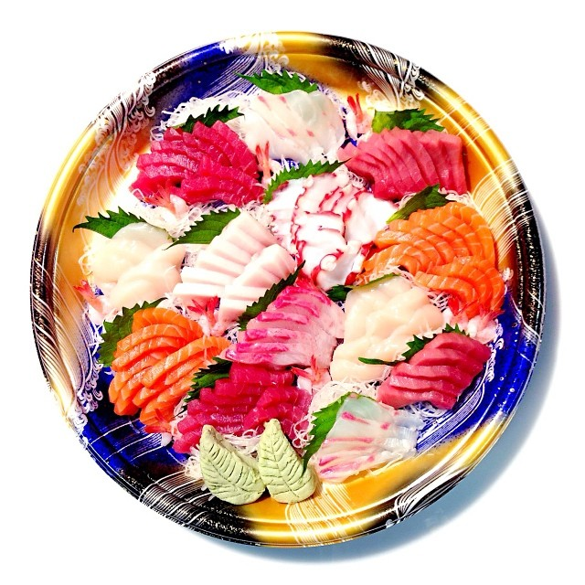 These wraps were a huge hit when I brought a platter of sushi to a party. Most of what I made was with regular nori, and these made the platter so colorful and festive.