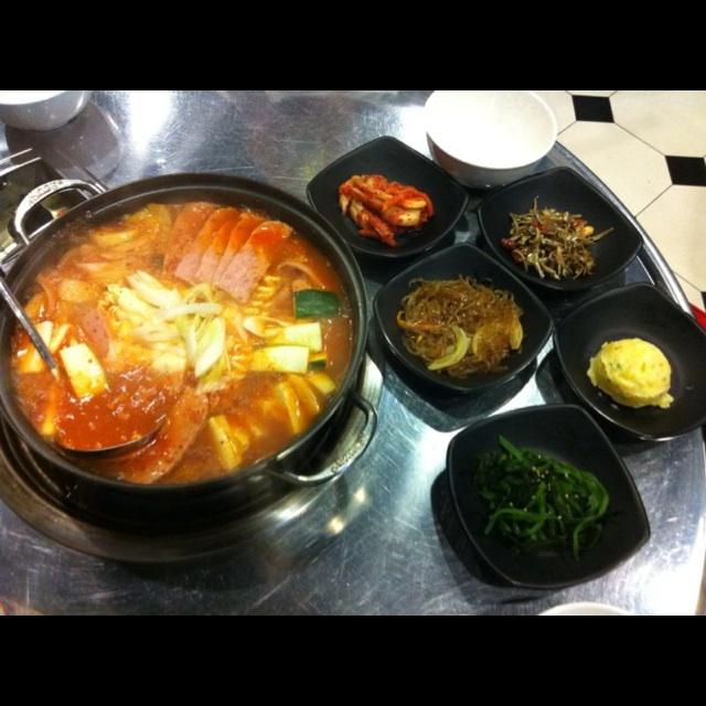 Main Courses Side Dishes: RunningMan Korean BBQ Restaurant (Temple Street