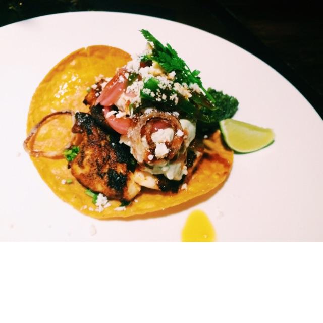 Seasons Bistro Famous Tuna Taco