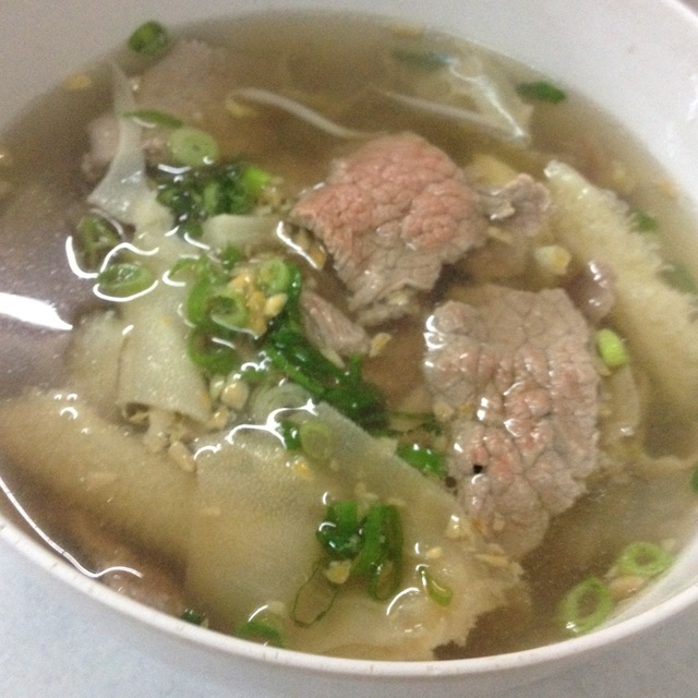 Sup Tauge Babat Urat Daging