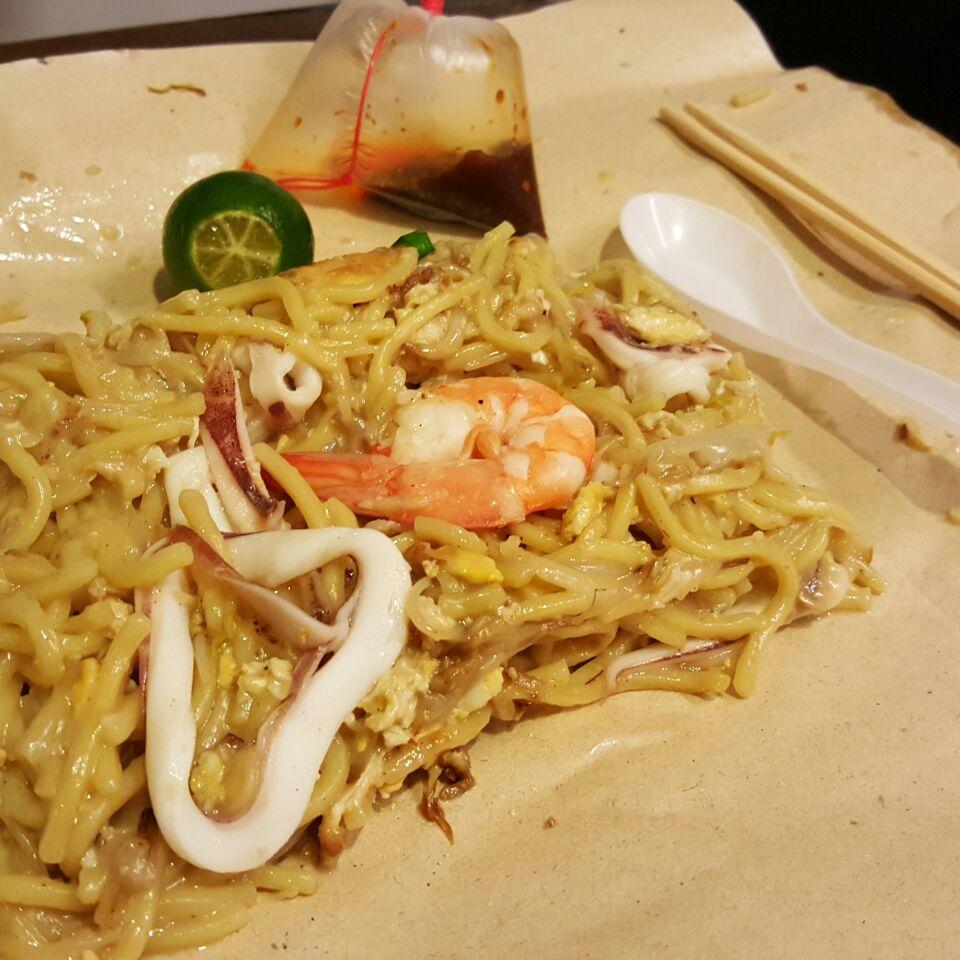 Geylang Lorong 29 Fried Hokkien Mee - Singapore