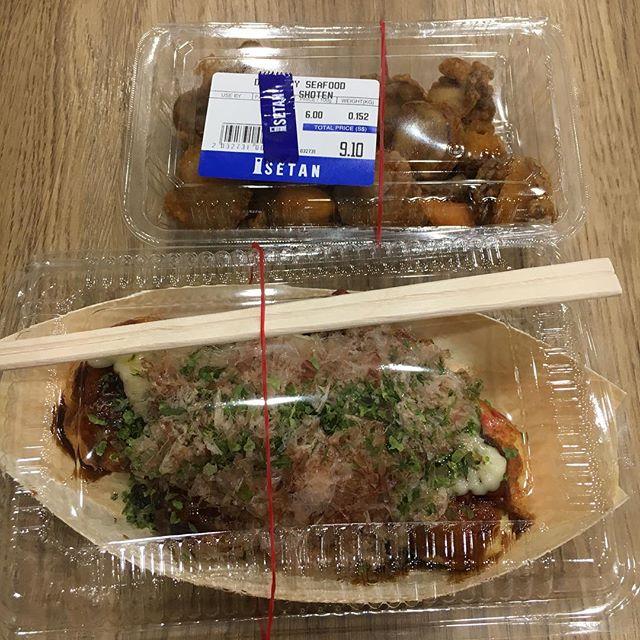 Fried scallops and takoyaki.