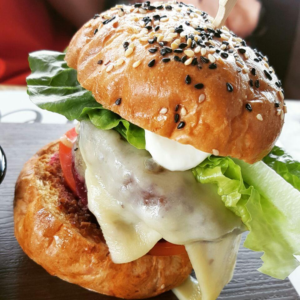 Melba Burger