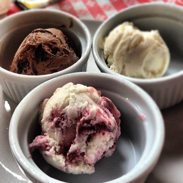 New Zealand Natural Ice Cream Cake
