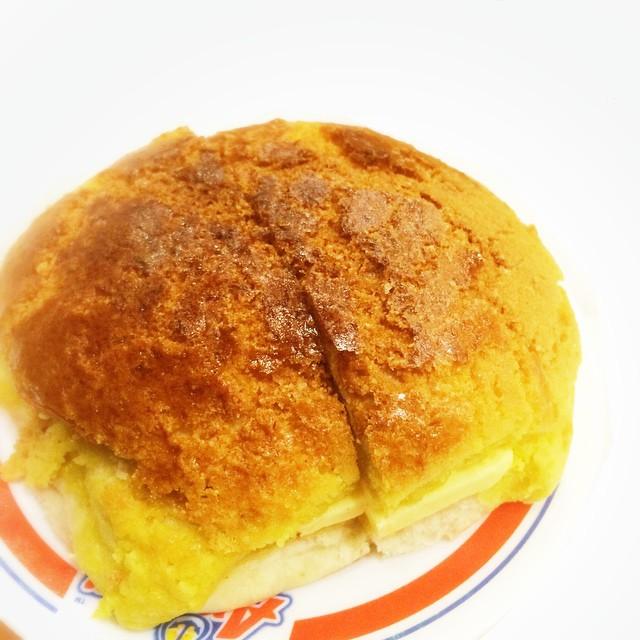 Kam Wah's pineapple buns!
