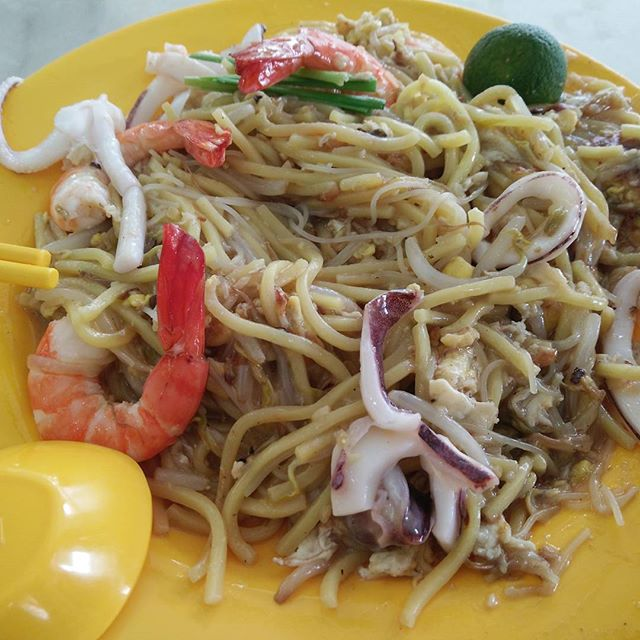 Guess There are many good Fried Hokkien Prawn Mee in Singapore.