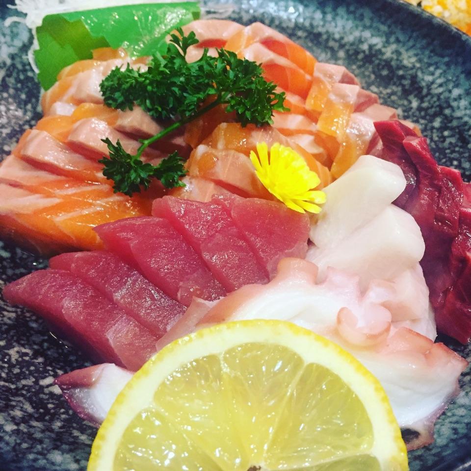 For Endless Sashimi and Tasty Japanese Eats