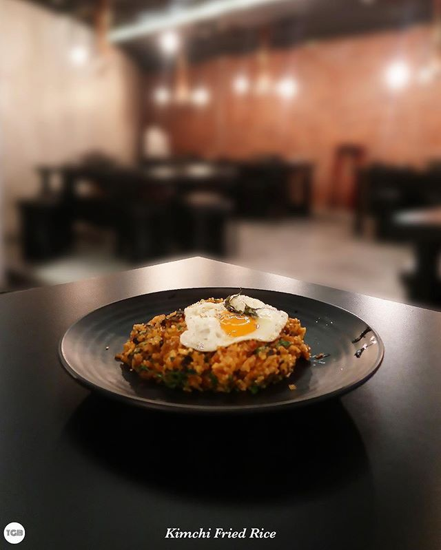 [Eight Korean Bbq] Kimchi fried rice set ($8+), soft Korean rice mixed together with lots of seaweed and kimchi.