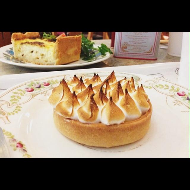 Passion Fruit Meringue Cake Singapore