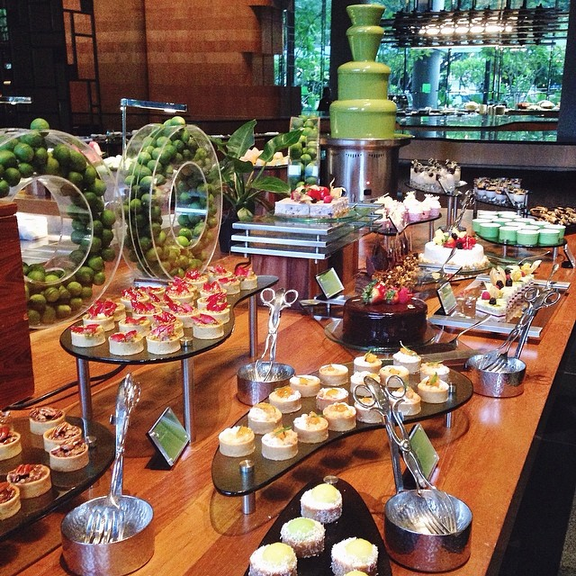 Hotel Buffet/High Tea By Jacq Ong