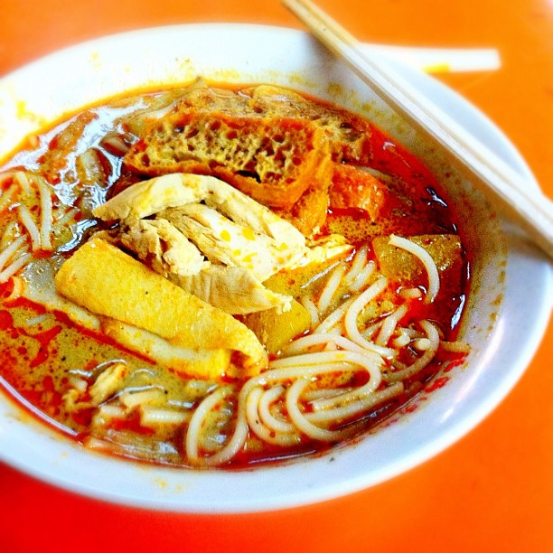 Heng Kee Curry Chicken Noodle (Hong Lim Market  Food Centre