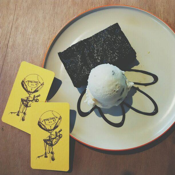 Salted Caramel Brownie, Rum & Raisins Ice Cream