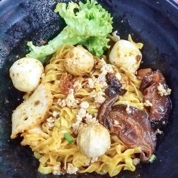 Fa Ji Minced Meat Fishball Noodle
