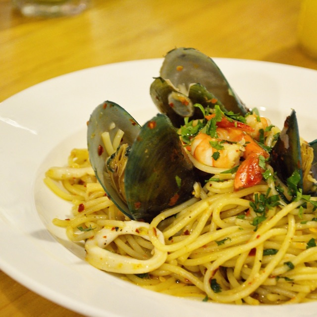 Seafood Aglio Olio @ Chuckles