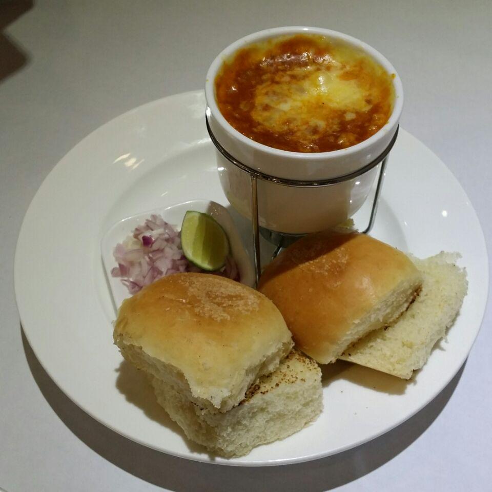 Foudue cheese Pav Bhaji
