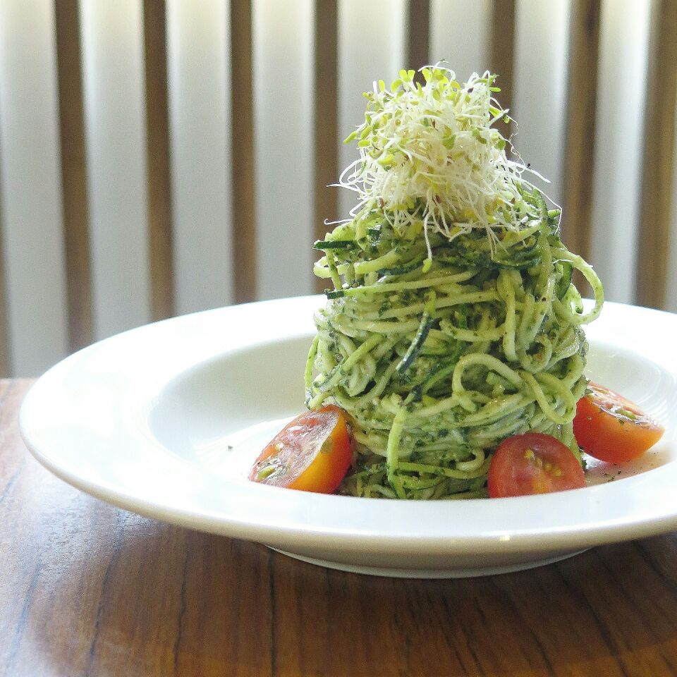 zucchini pasta ($14) @ the living cafe
