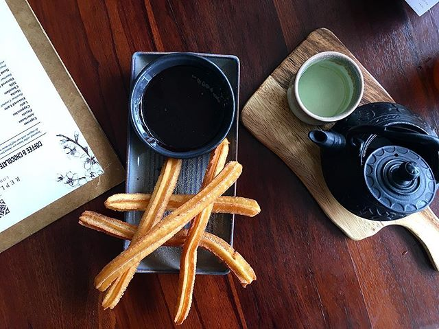 Churros that are freshly made and not oily!