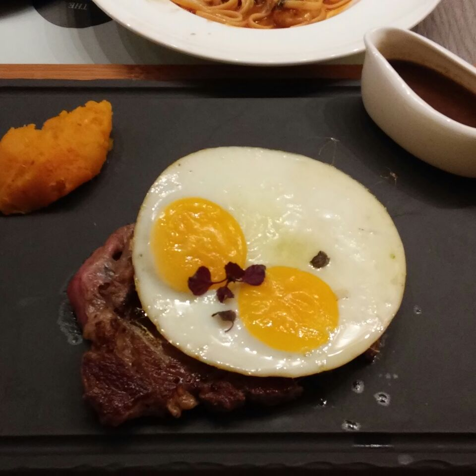 Steak And Egg@ The Marmalade Pantry