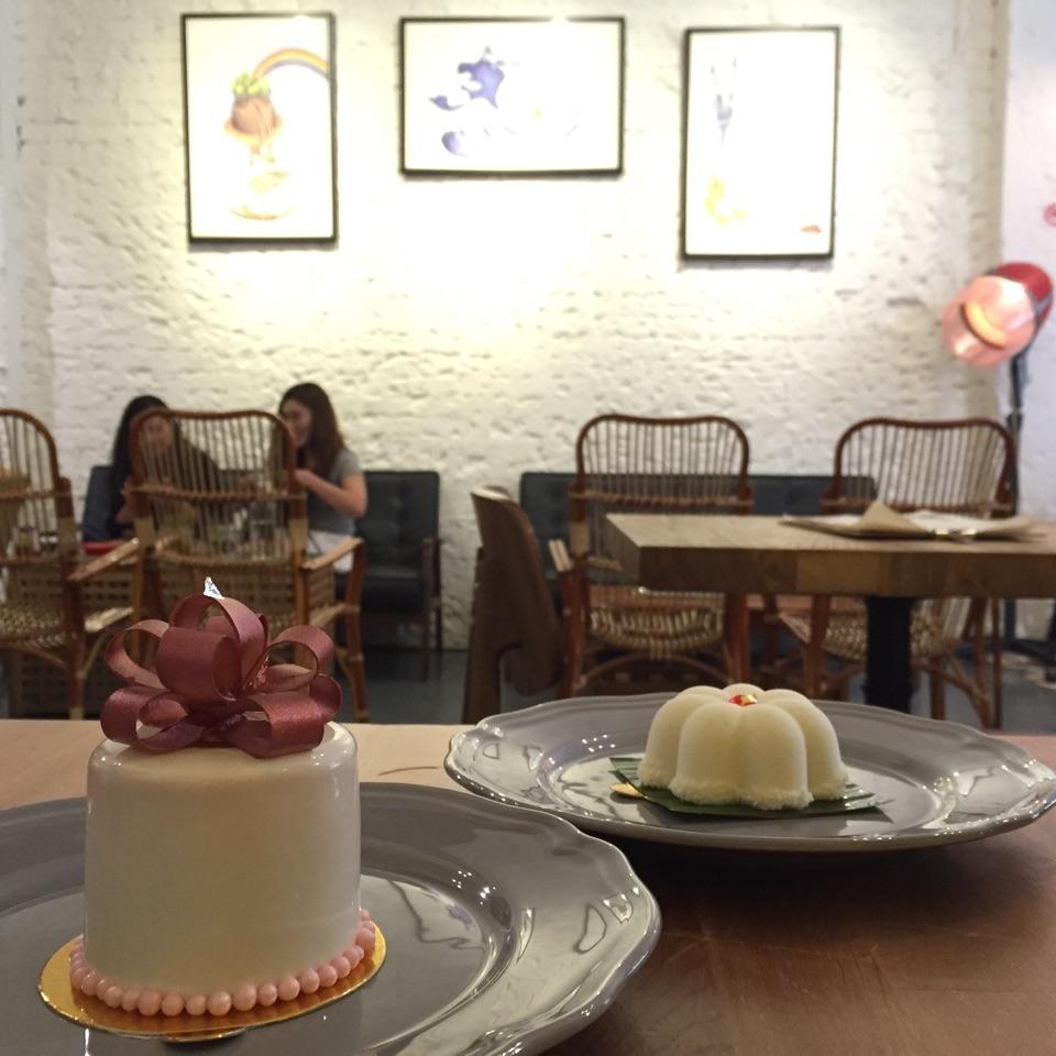Le Bliss & Tutu Kueh Cakes