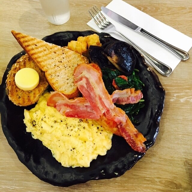 #throwback to awesome breakfast at the artistry.