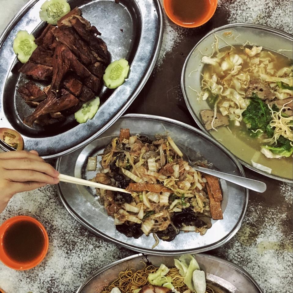 Roast Duck & Kar Heong Chai Choi