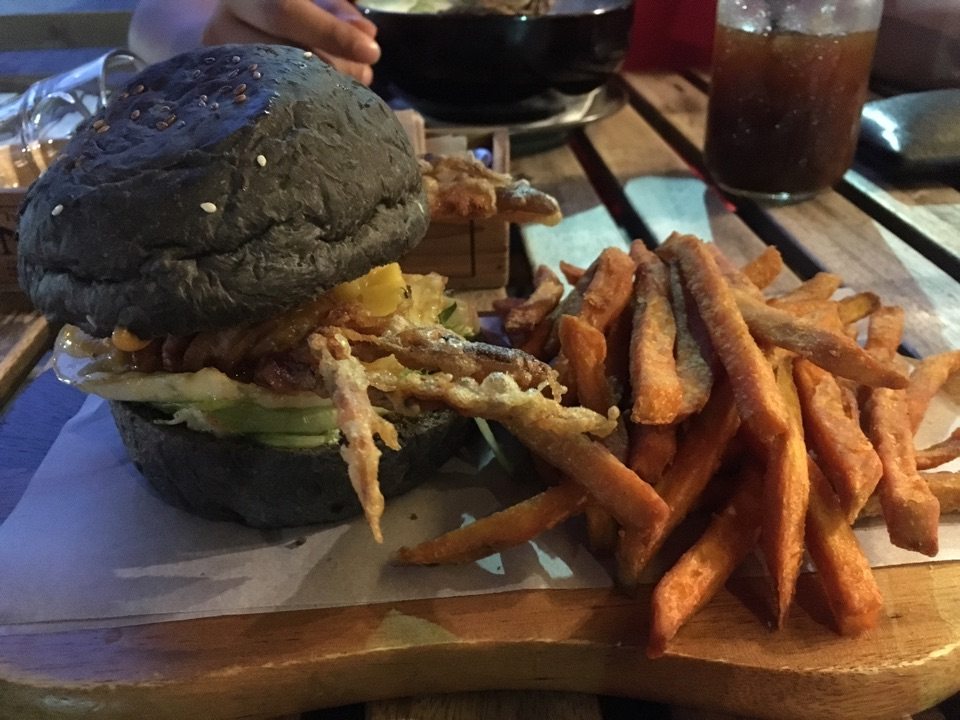 Sawadi-Crab Burger
