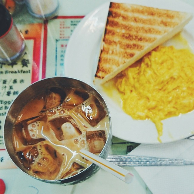 Breakfast before trooping on for the weekend.