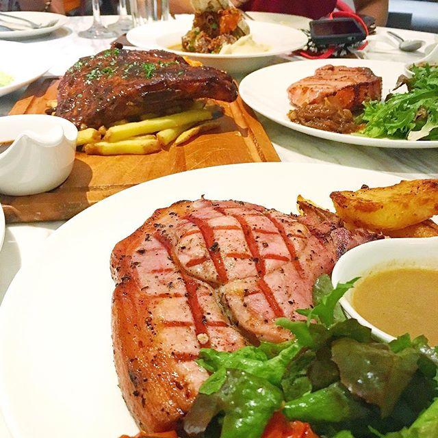 Sunday's dinner spread 😋🐷 Thank you @anterestaurant for spoiling us!