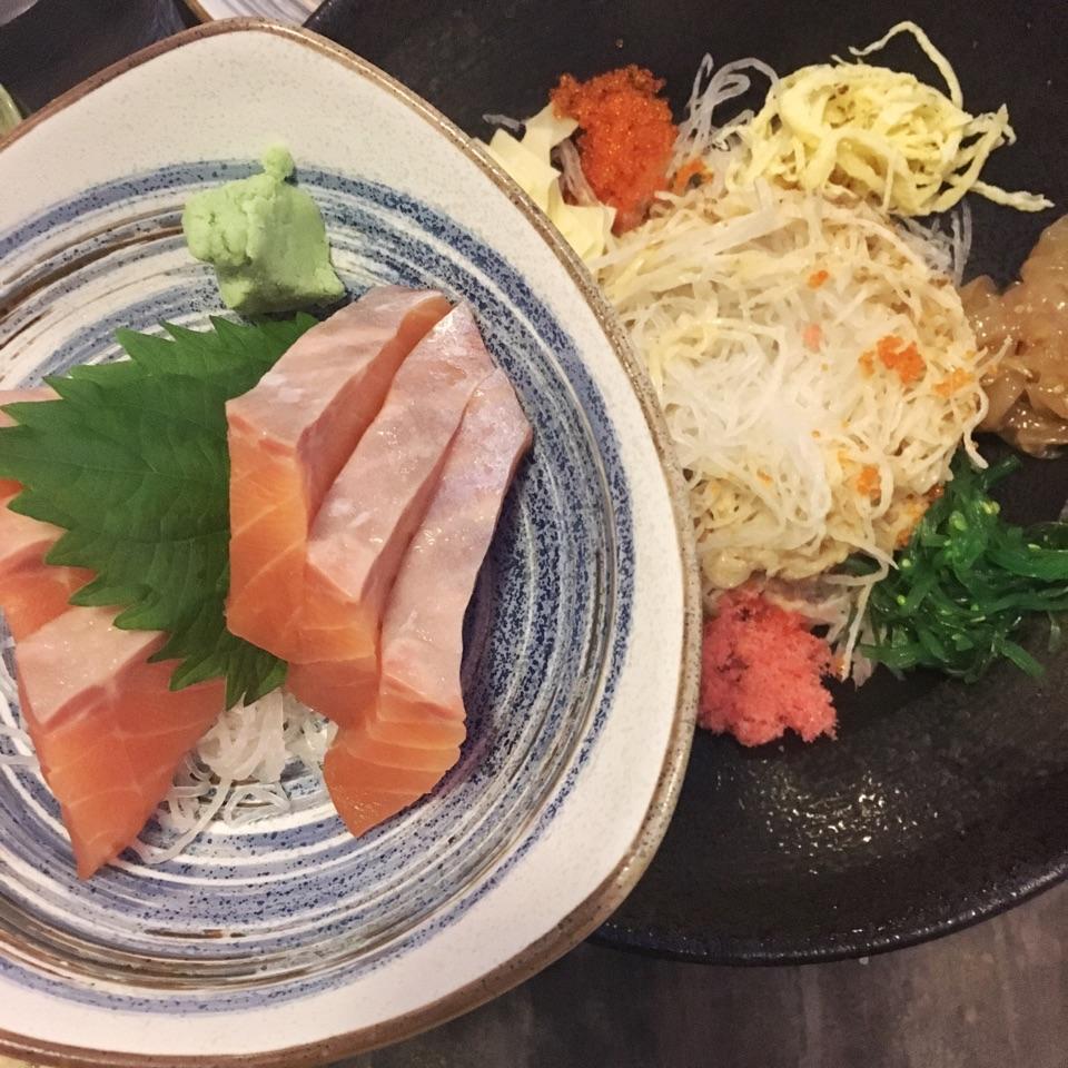 1-for-1 Sashimi Mondays