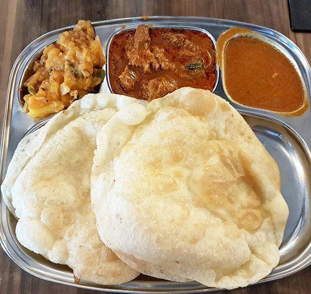 Puri With Mutton Mysore & Masala Potato (SGD $6) @ Srisun Express.