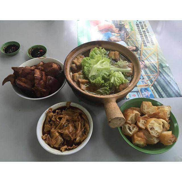 Sunday breakfast at Hong Ji BKT.
