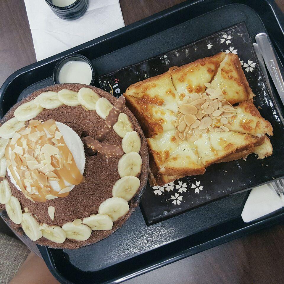 Bingsu & Toast