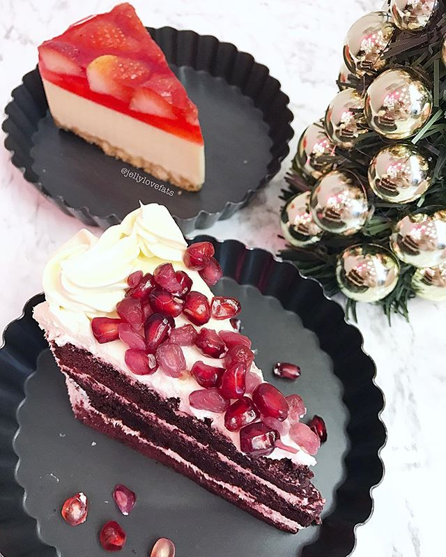 [jelly星期三] Pomegranate Red Velvet Cake & Strawberry Tofu Cheesecake.