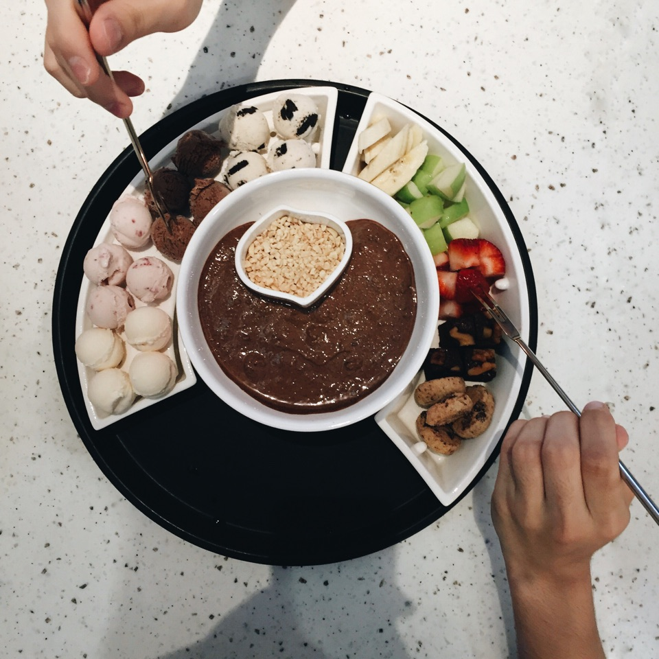 Overpriced fondue :(