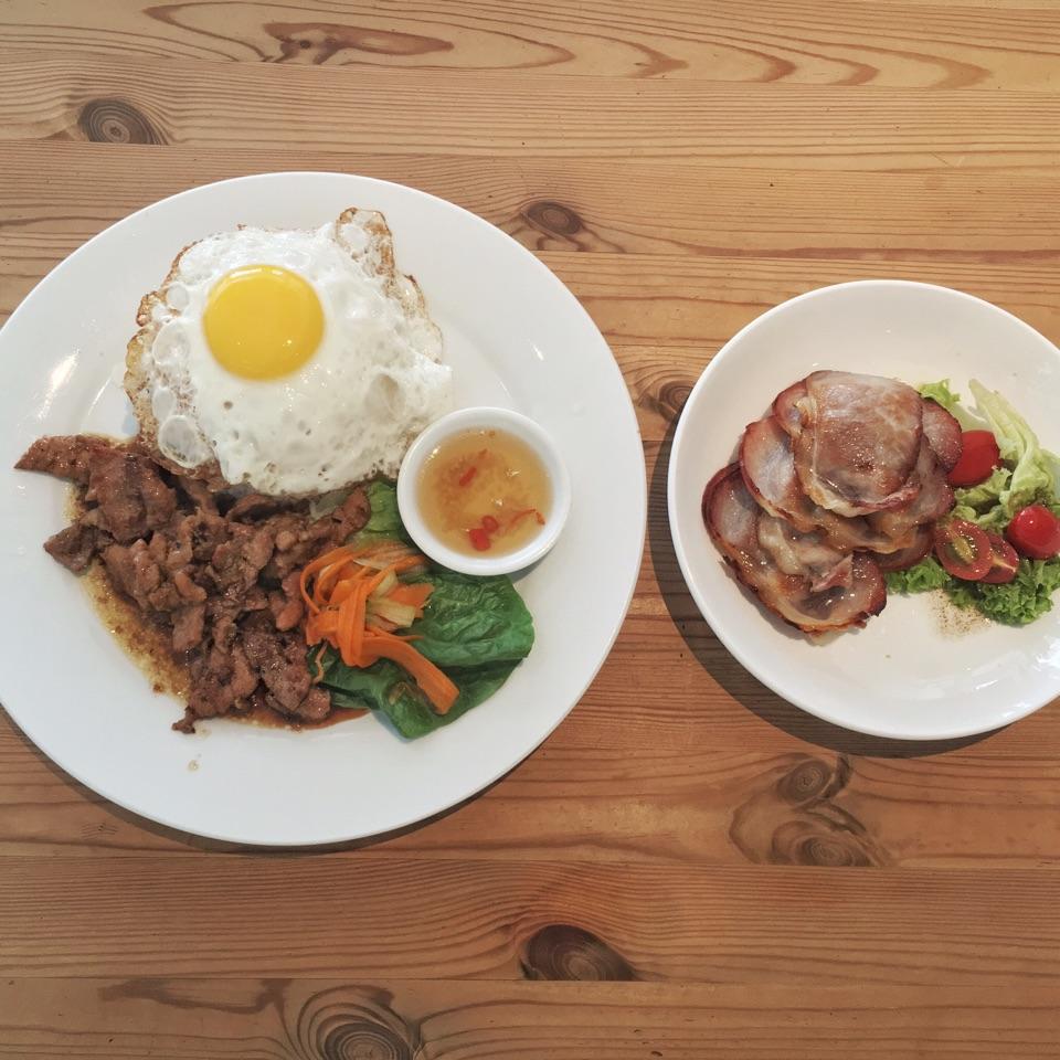 Bacon Strips And Lemongrass Pork