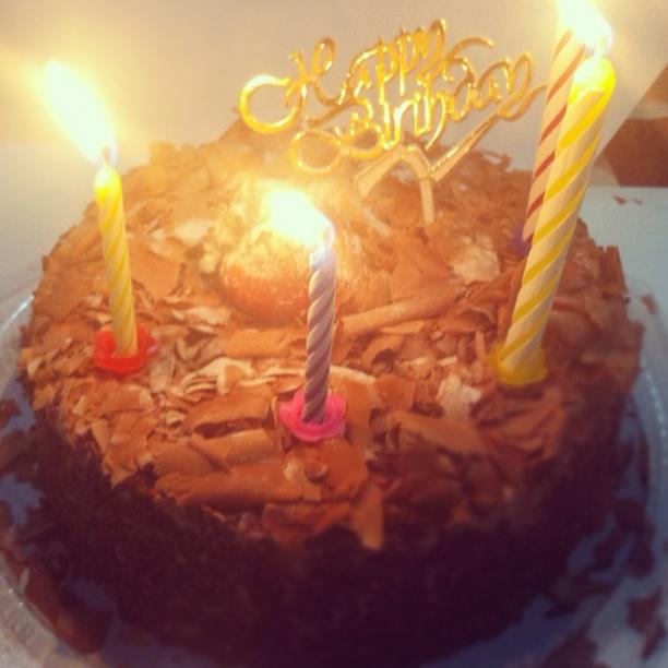 Rogi's Bday Cake: Chocolate Truffle