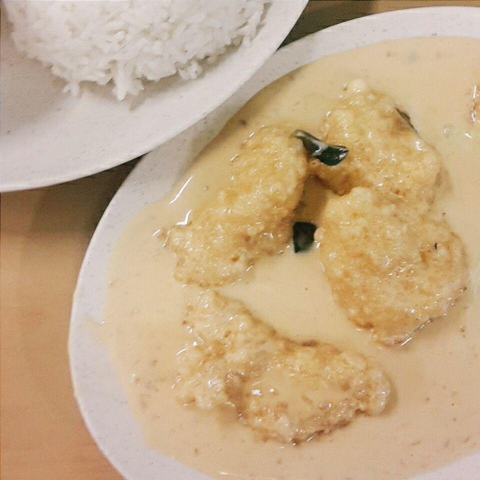 Lip Smackin' Creamy Buttermilk Chicken