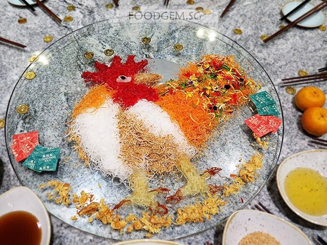 Never get enough of beautiful Yusheng😍 Let's welcome year of the Rooster in about 2 weeks' time!