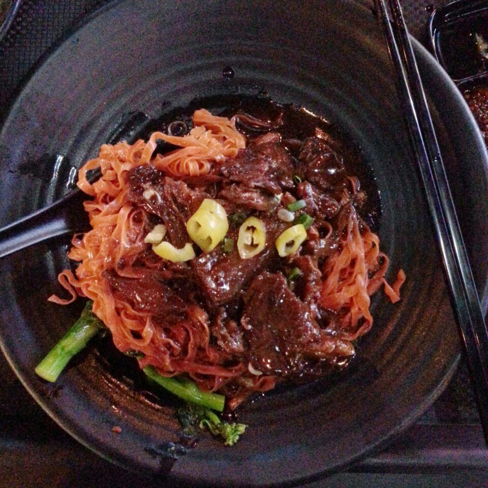 Beef Brisket Tomato Noodles ($5.50)