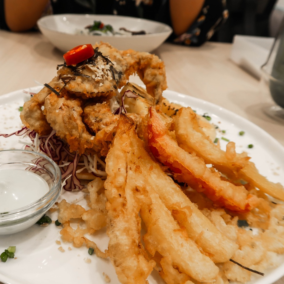 Crunchy Tempura Soft Shell Crab Paired With Buttery Pancakes ($17.90)