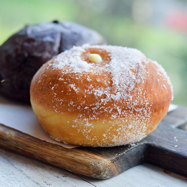 This is one thing you donut want to miss - @italianosteriasg's Custard Donuts ($5) - these sugar babes are stuffed with super light lemony custard!