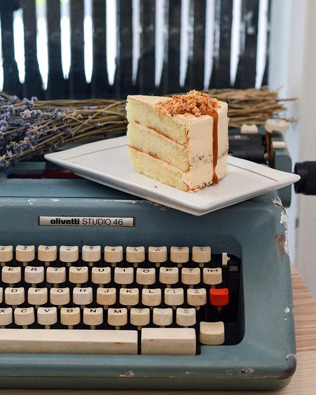 HYGGE (pronounced as Hue-guh) is a pretty space serving assorted bakes and simple pastas, taking over the shop of the old venue of Shop Wonderland.