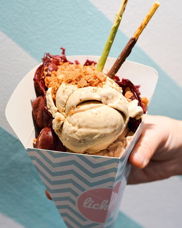 Red Velvet Egglet Waffles ($4.50 - plain, $8.90 - with 1 scoop of ice cream and 1 toppings).