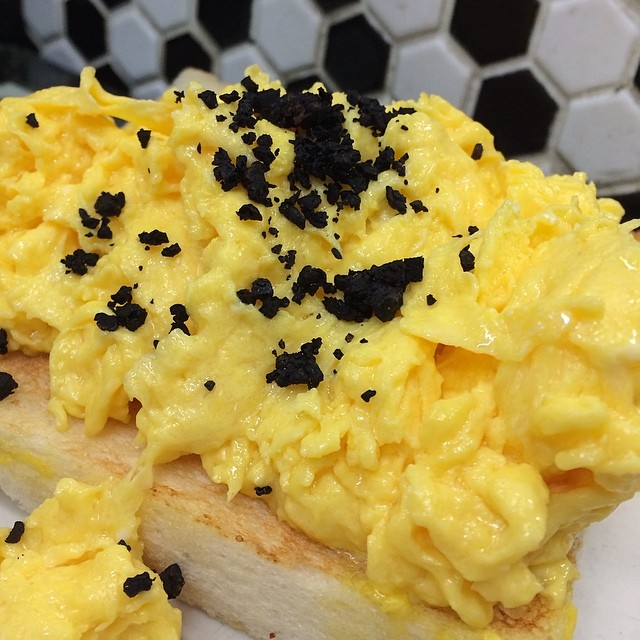 Creamy fluffy scrambled black truffle eggs!