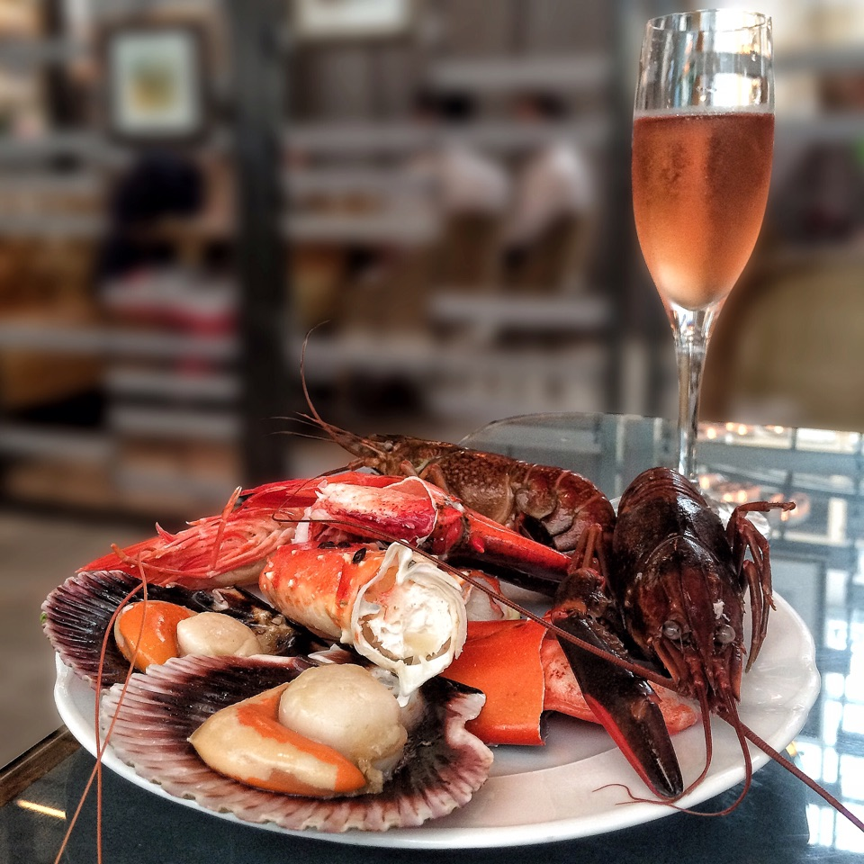 Seafood is the star at Colony's Sunday Brunch