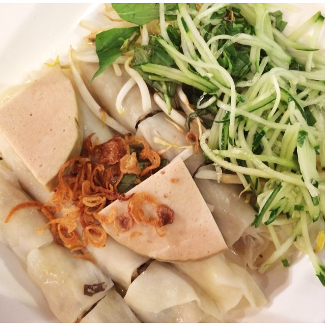 Banh Cuốn Cha Lua (Steamed Rice Roll with Vietnamese Ham)