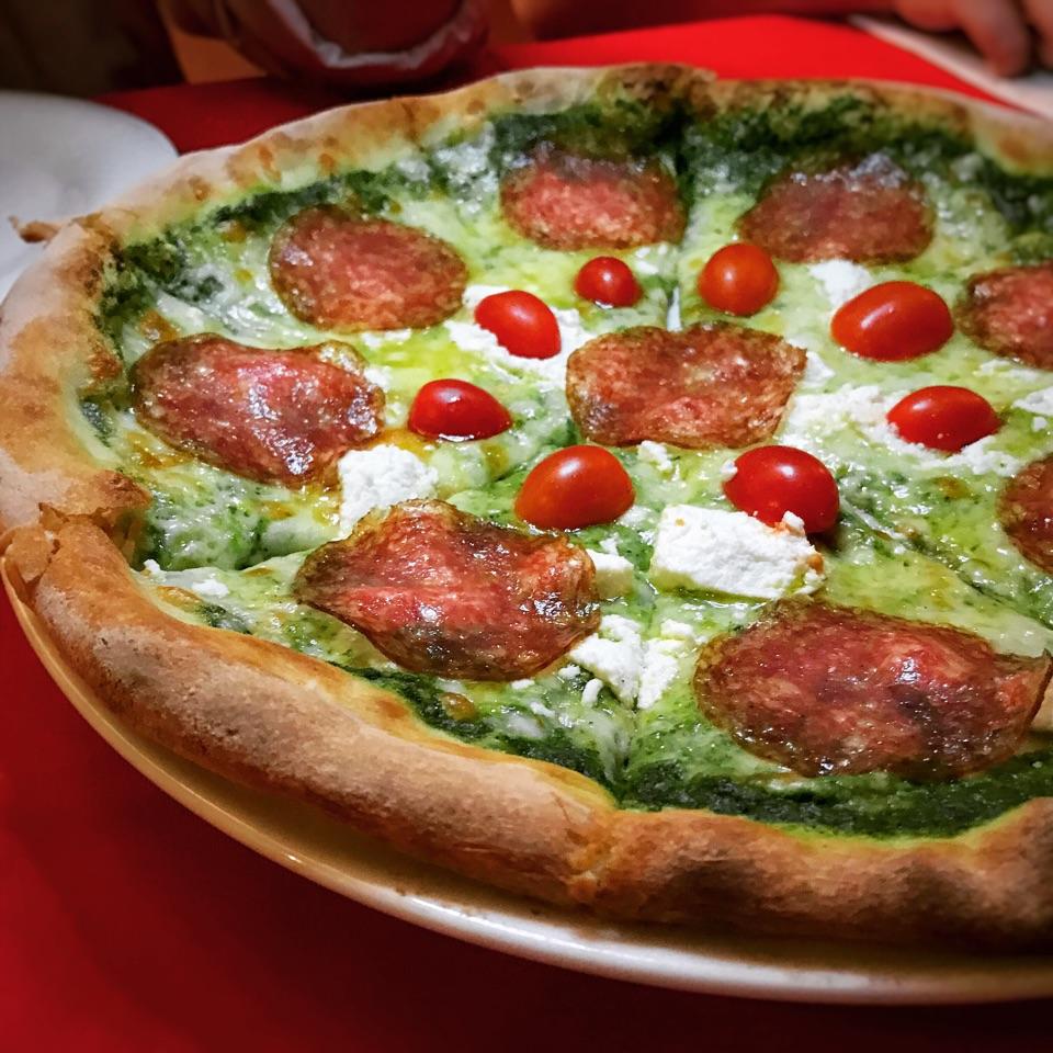 Pizza con Rucola Pesto • S$22++