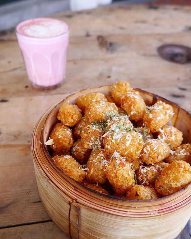 Tater tots please 😘