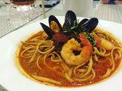 Seafood Laksa Pasta // well....